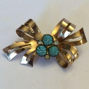 Gorgeous Vintage Coro Blue crystal brooch